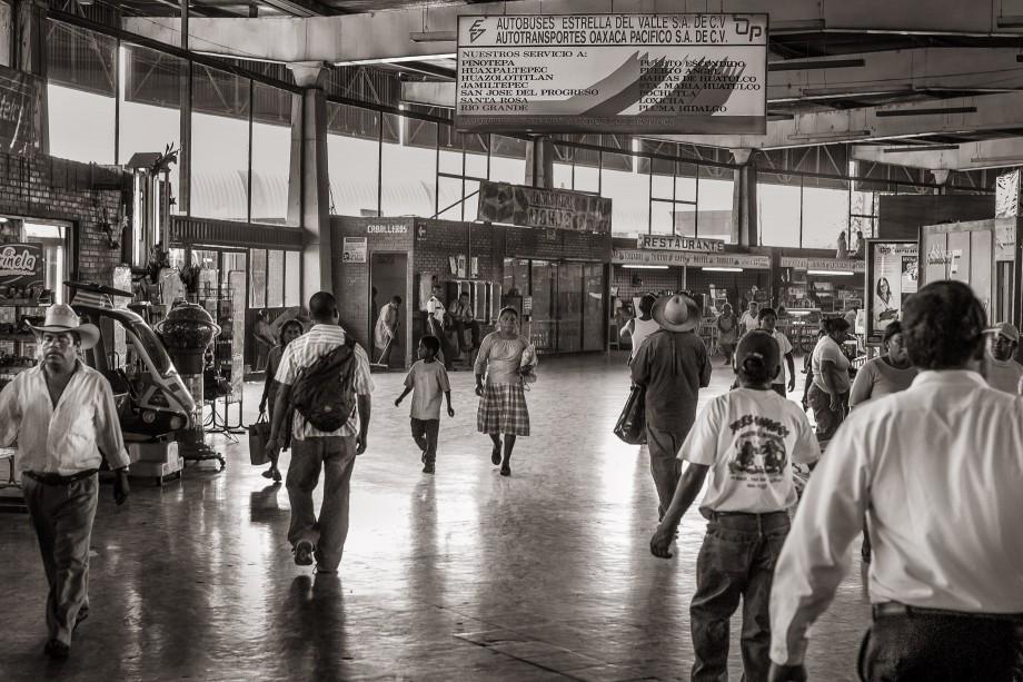 Los Pasajeros - The Passengers
