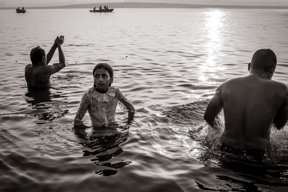 Three Bathers, Varanasi